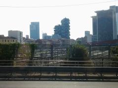 Άποψη του Μιλάνου στη περιοχή με τους ουρανοξύστες