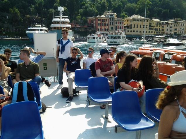 Φεύγοντας με το καραβάκι απο το Portofino